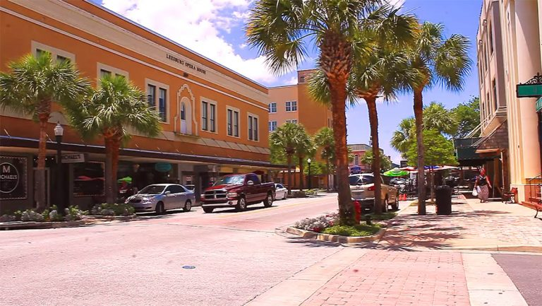 Downtown Leesburg Florida Video by NatureRecycleFlorida